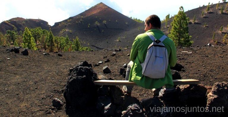 No nos pudimos resistir: paramos y contemplamos el volcán San Martín Ruta de los Volcanes, en la isla de la Palma, Islas Canarias #LaPalmaJuntos