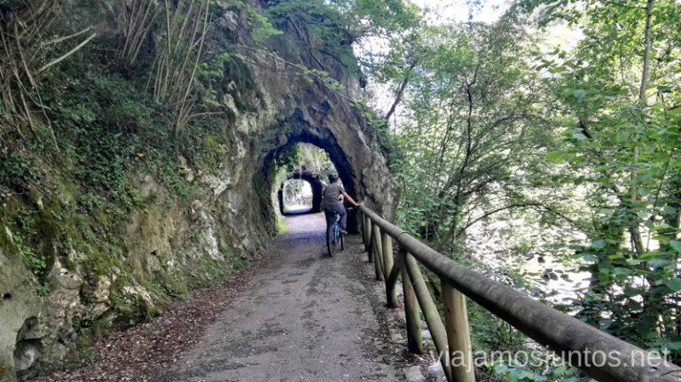 Los túneles de la Senda del Oso son muy divertidos Senda del Oso en bici, Astrurias