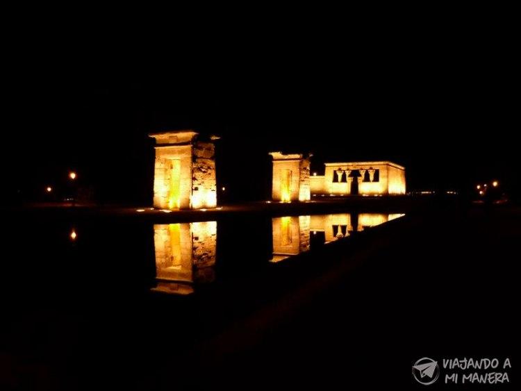 templo-debod-noche