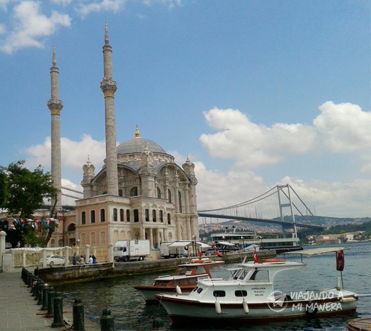 mezquita-de-Ortaköy-01