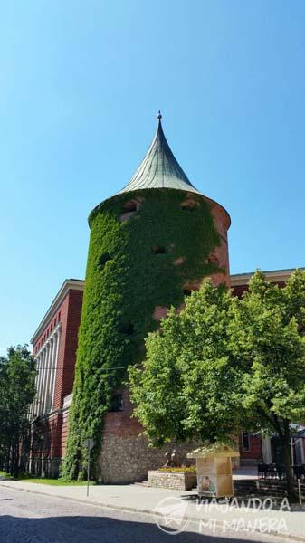 torre-de-la-polvora
