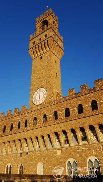 Palazzo-Vecchio-01