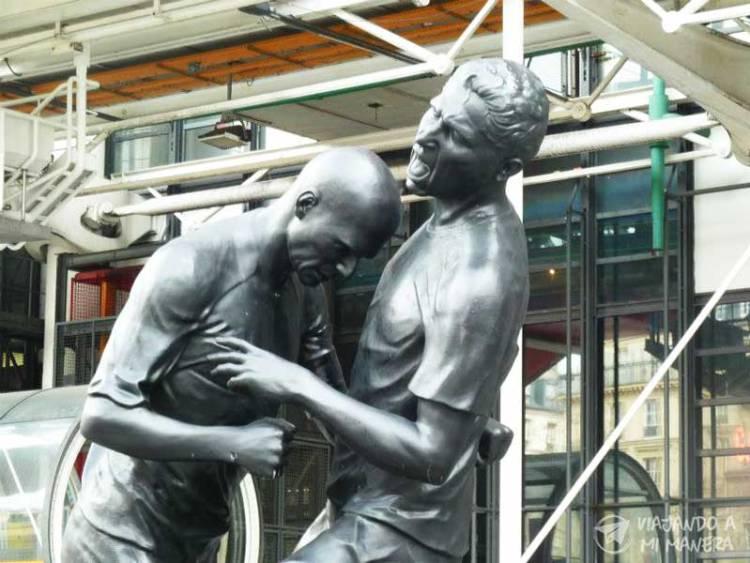 escultura-cabezazo-zidane