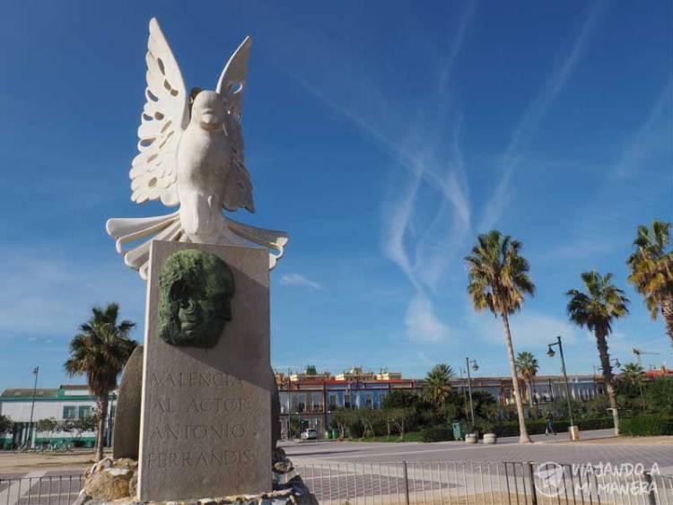 monumento-antonio-ferrandis-las-arenas