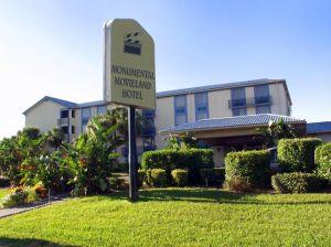 Monumental Movieland Hotel