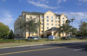 staySky Suites I-Drive Orlando Near Universal