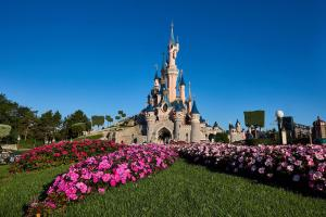 Disneyland Paris adia reabertura para 2 de abril de 2021