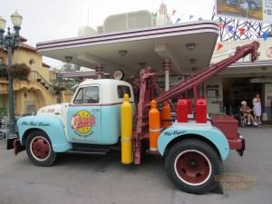 Oscar's Super Service