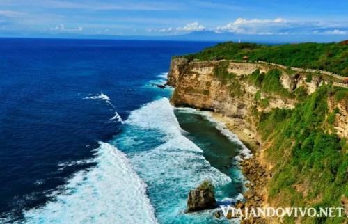 Los acantilados de Uluwatu en Bali
