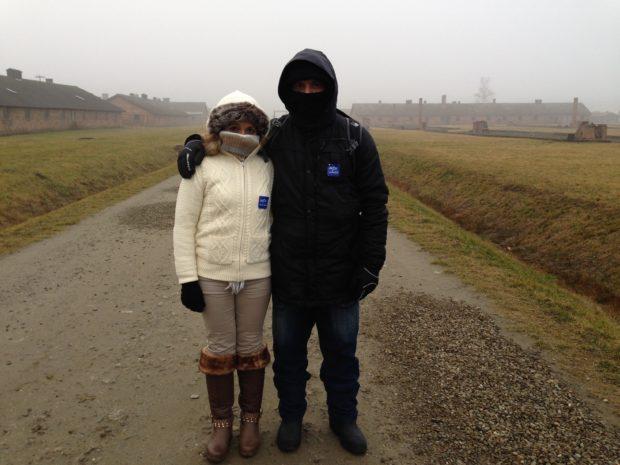 Nós dois - Uma Visita a Auschwitz-Polônia