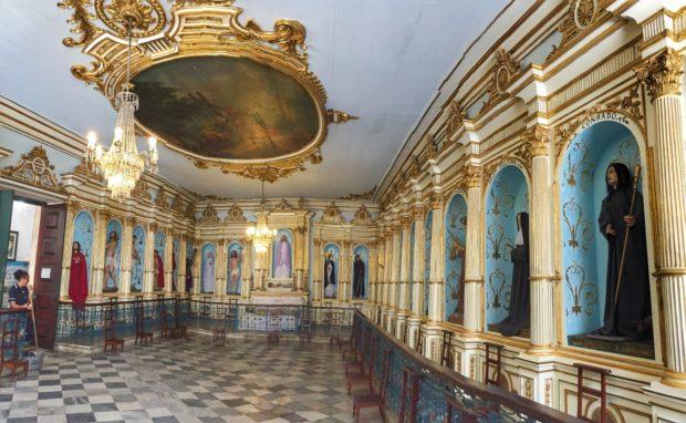 Sala dos Santos na igreja de Ordem Terceira de São Francisco