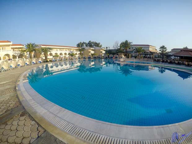 piscina hotel cephalonia palace em kefalonia