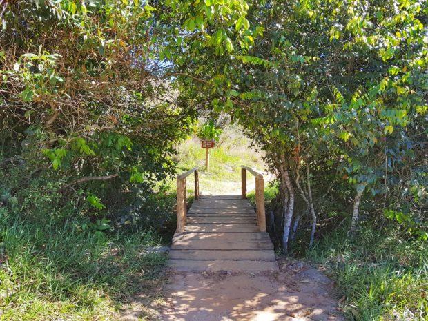 Trilha para a Cachoeira Salto Corumbá