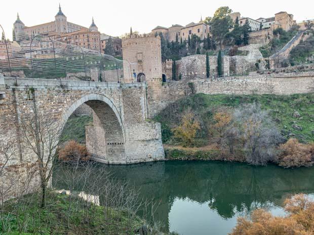 Alcazar e ponte de Alcantara - O que fazer em Toledo