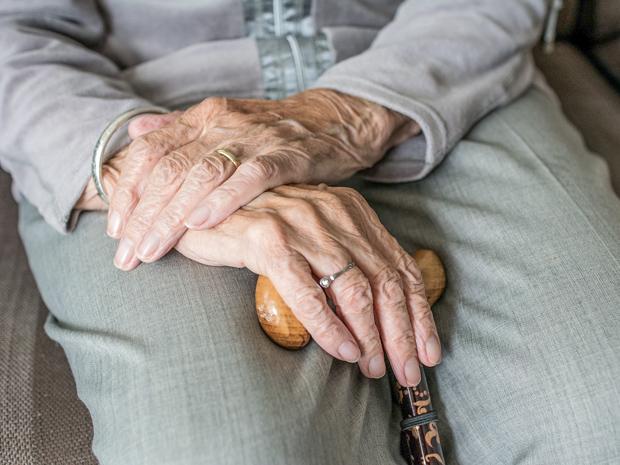 Direito do idoso de viajar de graça
