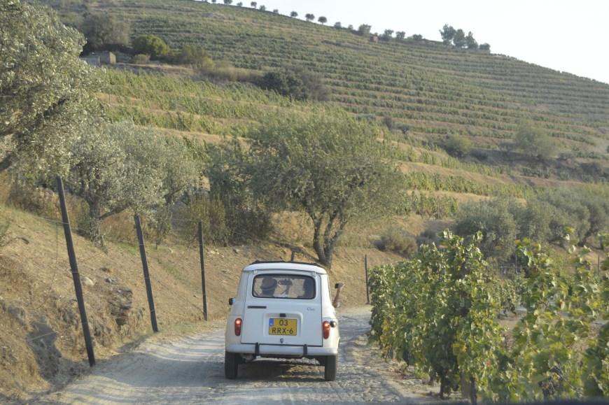 Como é viajar de carro em Portugal