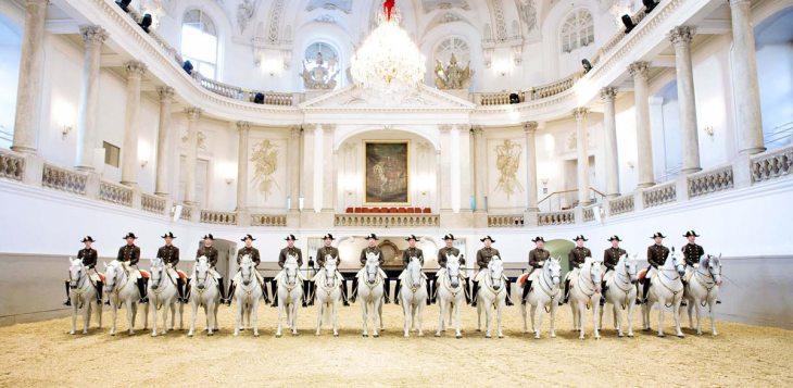 Escuela Española de Equitación (Viena) visitas, horarios, precios ...
