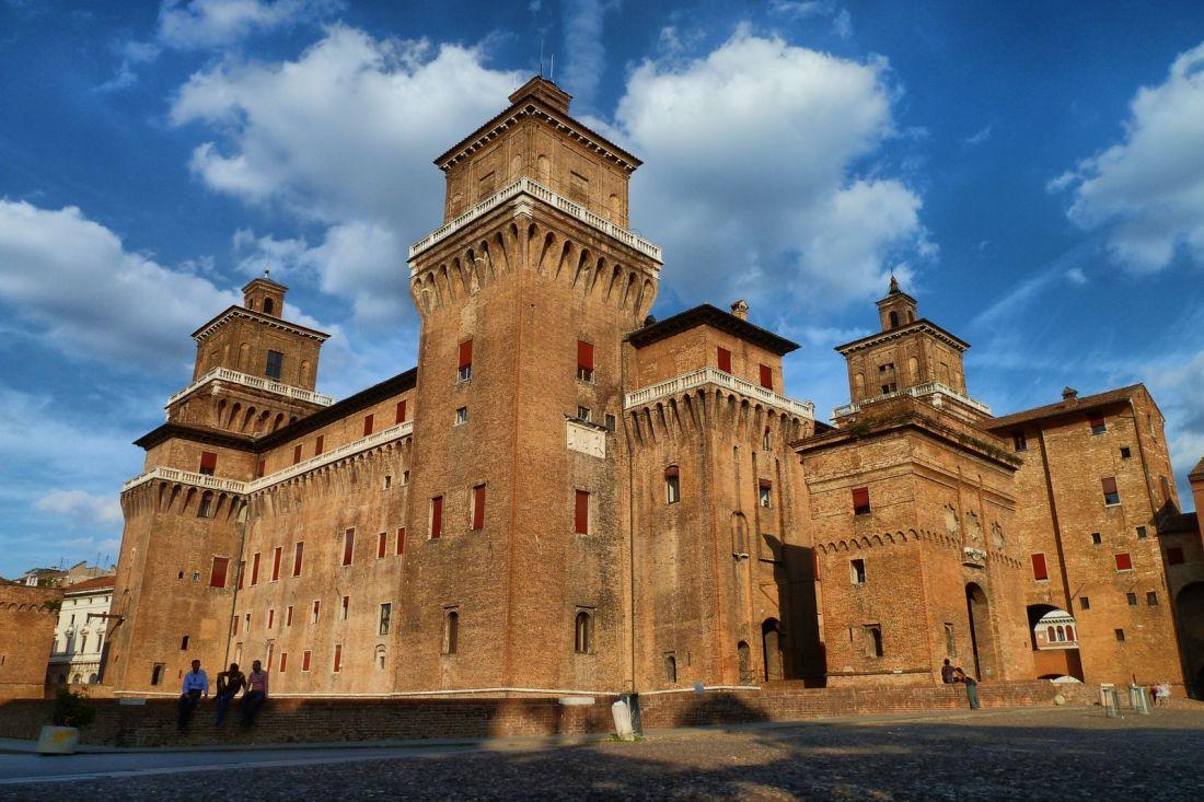Piazza Castello en Ferrara