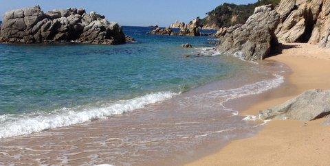 7 playas ideales para ir con niños, 7 playas ideales para ir con niños elegidas por familias viajeras, Viajar despeina, Viajar despeina