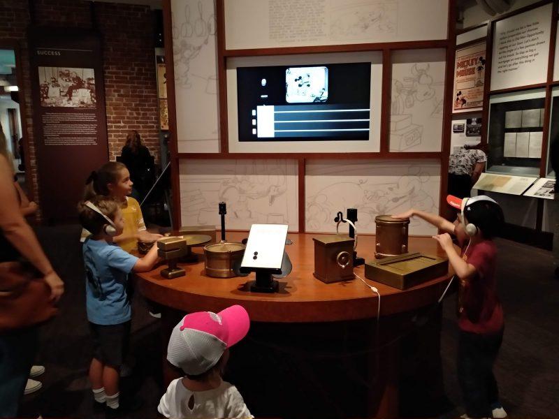 actividad interactiva en Museo Walt Disney San Francisco