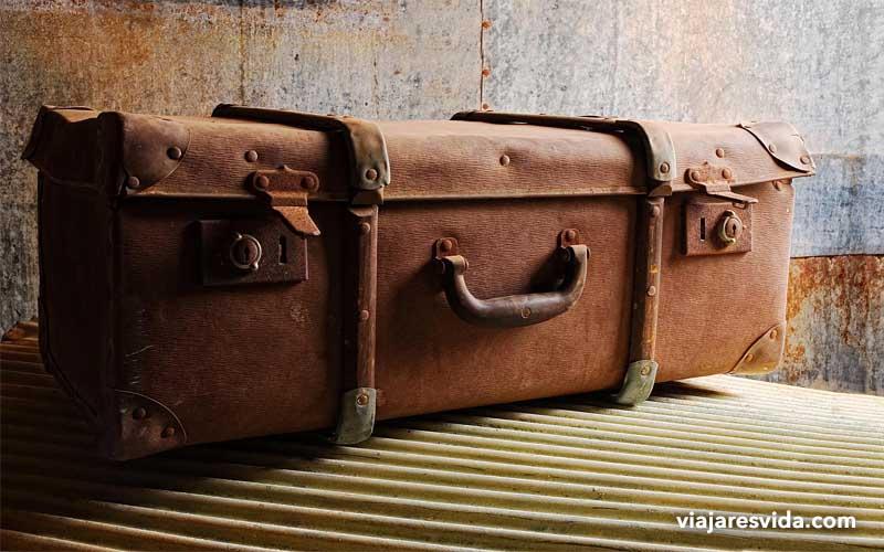 Cosas a tener en cuenta cuando compras una maleta. Viajar es vida.