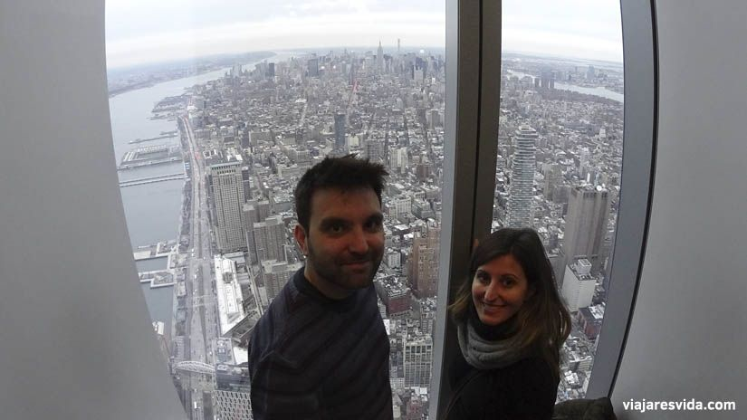 Vistas a Manhattan desde One World Observatory de Nueva York