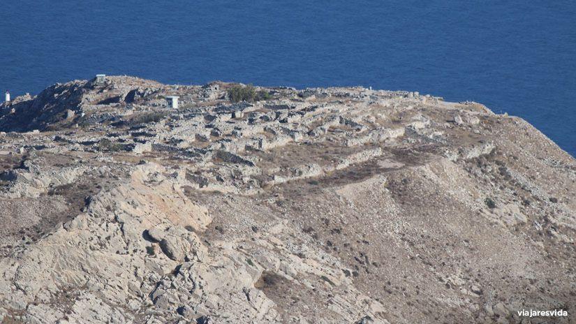 Vistas de Ancient Thera desde Prophet Elias