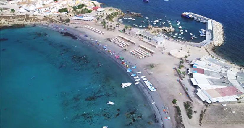 Playa de Tabarca y el puerto