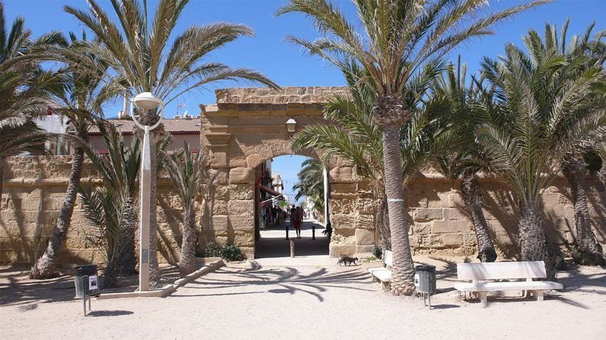 Puerta de Levante o San Rafael