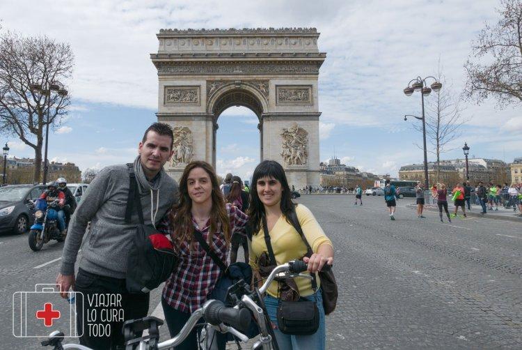 Vélo Arc Triomphe