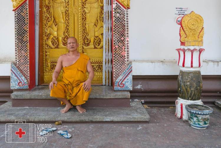 Wat Chumphol Khiri mae sot