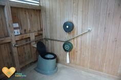 public wc australia