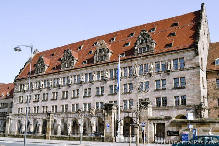 Palacio de Justicia de Nuremberg y Centro de Documentación sobre ...