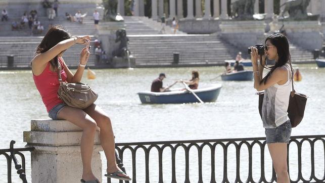 turistas-extranjeros-gastaron-Espana-octubre_EDIIMA20121128_0074_4