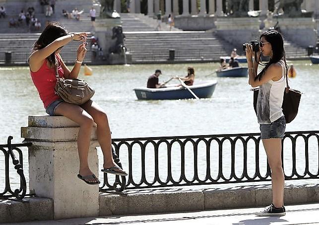 Espana-recibio-millones-turistas-noviembre_EDIIMA20121221_0089_19