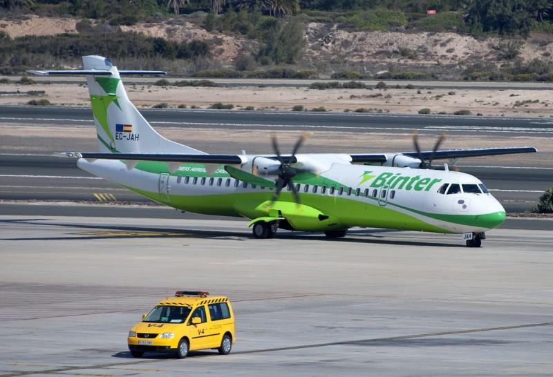 Binter-Canarias-ATR-72___horiz