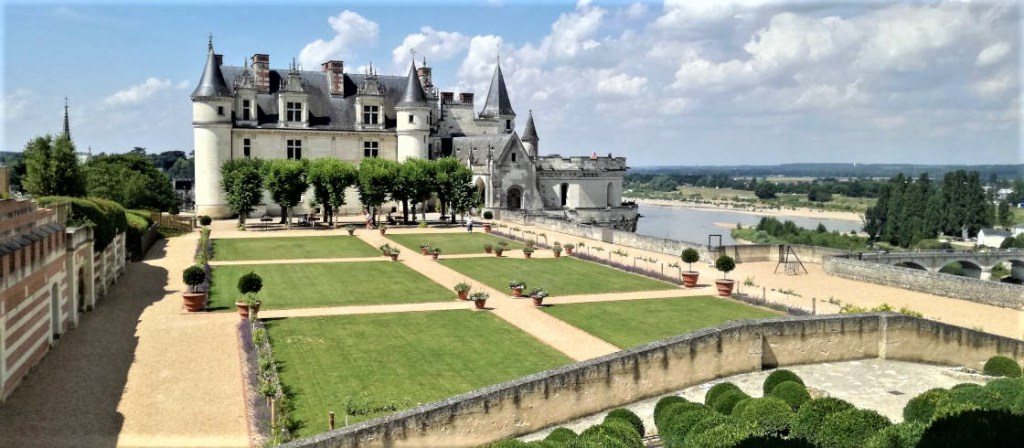 Amboise_chateau_04_VTreney_CRTCentreValdeLoire_crop