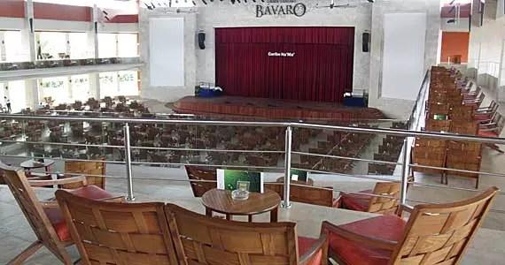 https://i2.wp.com/www.viajenaviagem.com/wp-content/uploads/2011/06/barcelo-deluxe-teatro.jpg