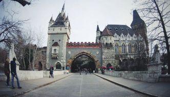 El castillo de Vajdahunyad – Moderno con aires de cuento.