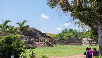 Ruinas de Tazumal, arqueología en El Salvador.