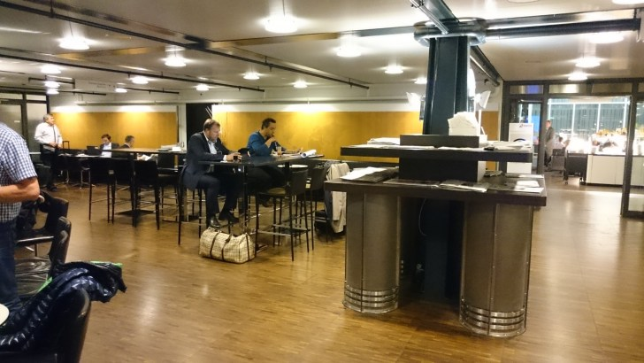 Swiss Air Business Lounge - Zurich ZRH -11