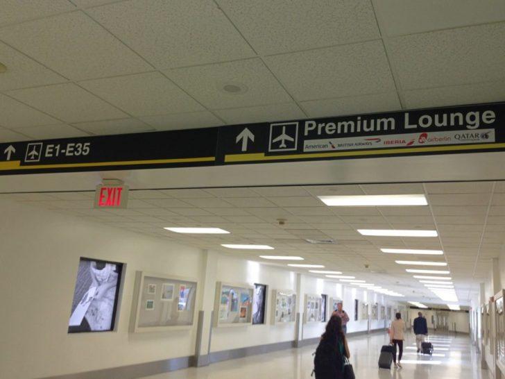 Sala VIP lounge oneworld en Terminal E de Miami - MIA-02