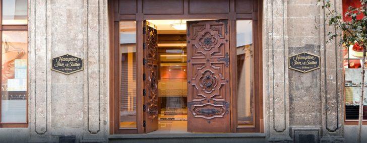 Hotel Hampton Inn Mexico City Exterior2