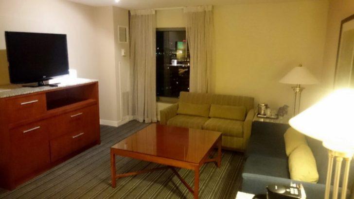 Sheraton Kansas City - Crown Lounge - 3