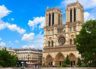 Fachada de la catedral de Notre Dame de París