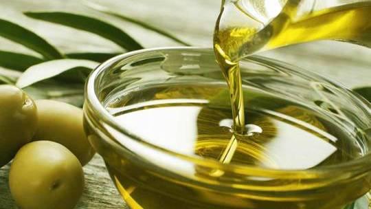 El Aceite de Oliva, el Oro líquido de la dieta Mediterranea