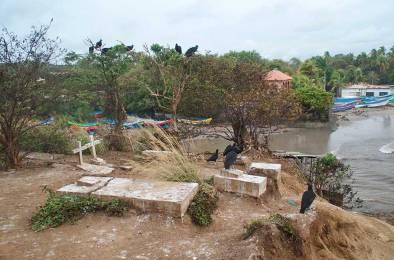 El cementerio del tsunami de Masachapa