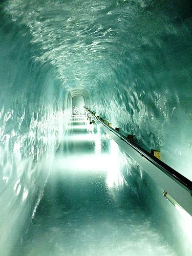 Pasaje de la estación de la Jungfrau