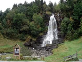 Cataratas Steinsdalsfossens