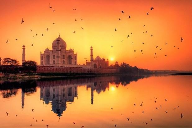 Puesta de sol en el Taj Mahal (india)
